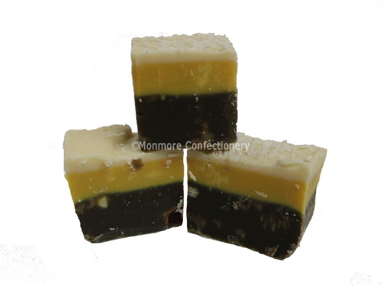 christmas cake fudge