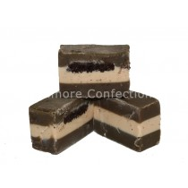 OREO COOKIE & CREAM FUDGE (FUDGE FACTORY) 2KG